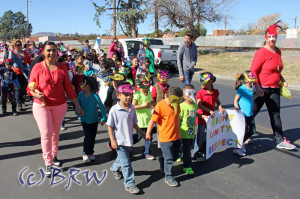 spring carnaval parade by the mexacoyotl academy in nogales